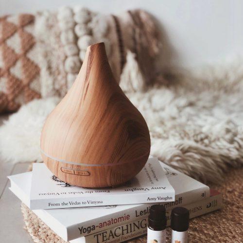 Aroma Yoga Flow